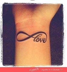 podoba się? :D ja na wakacje mam zamiar zrobić tatuaż z henny ;) próbowal ktoś ?