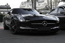 Mercedes-Benz. <3