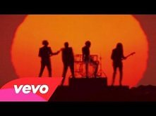 Daft Punk - Get Lucky (Offi...