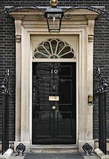 drzwi z rozetką