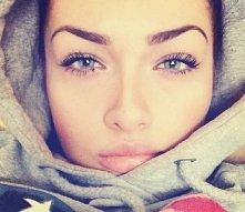 Piękna dziewczyna.