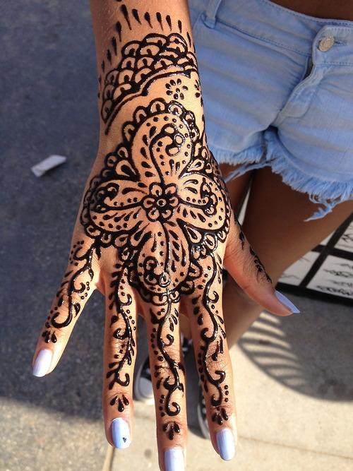 Tatuaż Henną D Idealny Na Wakacje Na Tatoo Zszywkapl