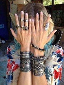 biżuteria i biżuterka, bransoletki i pierścionki