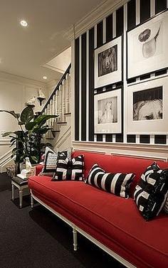 Mocna czerwień na dzień dobry i biało-czarne graficzne wzory! <3