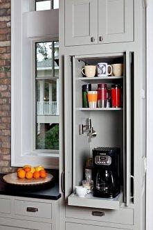 Perfekcyjne miejsce w kuchni na stację kawy <3