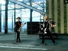 Green Day - American Idiot ...