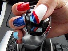 paznokcie BMW M-POVER