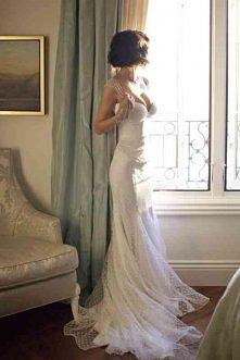 Suknia ślubna w groszki ...