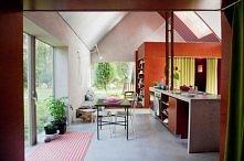 Fantastyczny pomysł na tani dom wprost ze Skandynawii - więcej na PaniDyrekto...