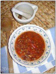MAROKAŃSKA ZUPA SOCZEWICOWA Z CYNAMONEM  Składniki: - 1 posiekana cebula, - 3 łyżeczki oliwy z oliwek lub oleju rzepakowego, - 2 ząbki czosnku, - 1 łyżeczka cynamonu, - ½ łyżecz...