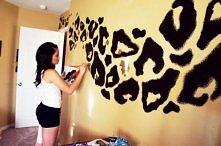 ściana w panterkę :P
