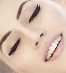 jak powinien wyglądać idealny makijaż?