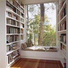 przytulna biblioteczka :)