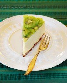 """""""Cheesecake nowojorski z kiwi  tortownica o średnicy 19-20 cm   Spód: 125 g ciasteczek typu petite beurre 25 g miękkiego masła  Masa serowa:  600 g kremowego serka typu phi..."""