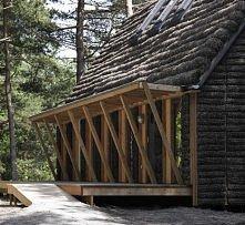 Na małej wyspie Læsø w Szwecji powstał współczesny dom z wodorostów... Poczyt...