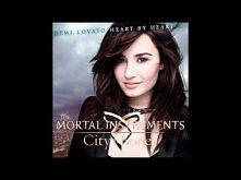 Demi Lovato - Heart By Heart. zakochalam sie w tej piosence i scenie w oranzerii choc byla ciut przerysowana :)