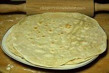 Przepis na:   35 tortilli około 15 cm średnicy  1 kg mąki  1 szklanka oleju r...