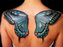 tatuaż w kształcie motyla