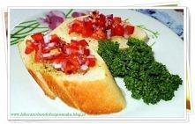 Grzanki z salsa pomidorowa