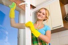 Weź ½ - ¼ łyżeczki mydła w płynie lub innego detergentu, 3 łyżki octu i 2 szk...