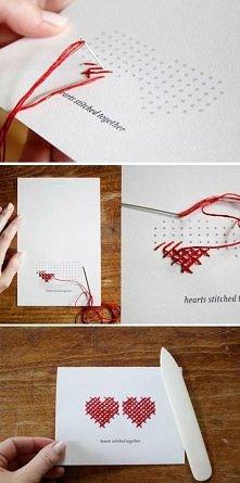 .DIY: Wyszywana kartka z życzeniami.  Nawet ze zwykłej kartki z życzeniami lub podarunkowej możemy stworzyć małe dzieło sztuki, a przynajmniej nadać indywidualny charakter. Oto ...