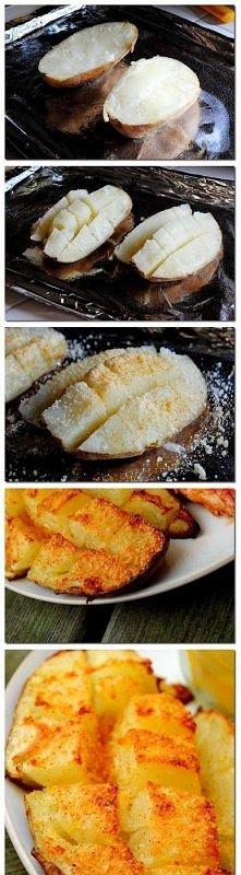 Ziemniaki z parmezanem ziemniaki masło przyprawa do ziemniaków, sól tarty parmezan  Ziemniaki ugotować , przekroić na pół, a następnie każde pół na kwadraty – nie do końca, tylk...