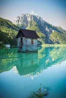 Domek na wodzie