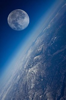 Ziemia i jej kompan