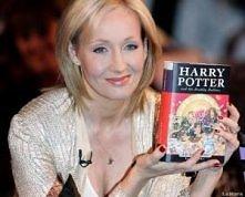 Ktoś, kto stworzył tak niezwykła serię książek jak przygody młodego czarodzie...