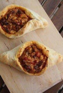 Tureckie chlebki z kurczaki...