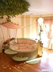 łóżeczko dla dziewczynki