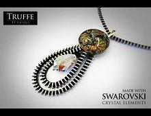 Naszyjnik wykonany z zamka błyskawicznego, elementów srebrnych (925), ręcznie zdobionych guzików z czeskiego szkła oraz elementów Swarovski - zawieszka.
