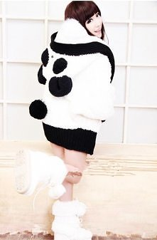 Puchata bluza panda z oczami uszami i ogonkiem :D