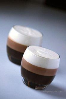 Galaretka kawowo-czekoladowa Składniki na 2 duże porcje:  2 łyżeczki żelatyny...