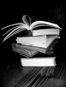 We <3 books!