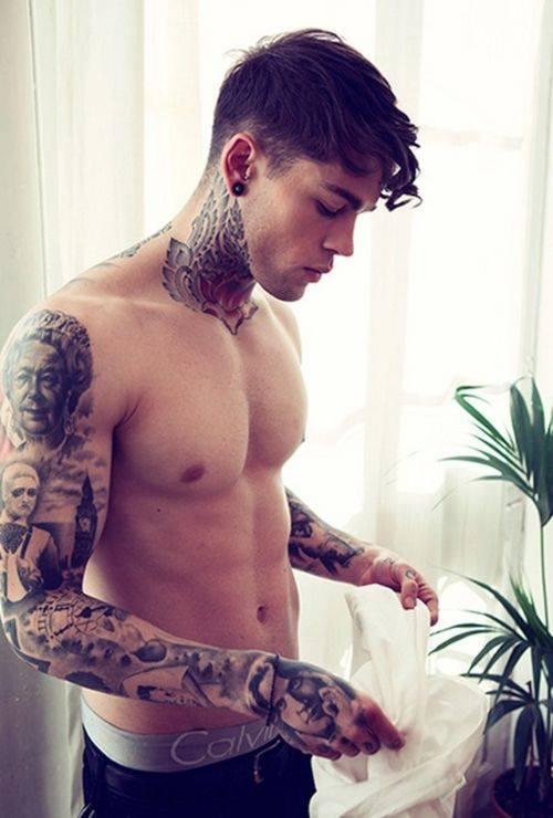 A Co Wy Na To Podobają Się Wam Mężczyźni Z Tatuażami D Na Tatuaże Zszywka Pl