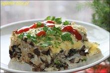 Ryż z pieczarkami  Składniki: ok. 1 kg pieczarek 3 cebule 3 woreczki ryżu sól...