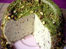 Wegański ser z zielonym pie...