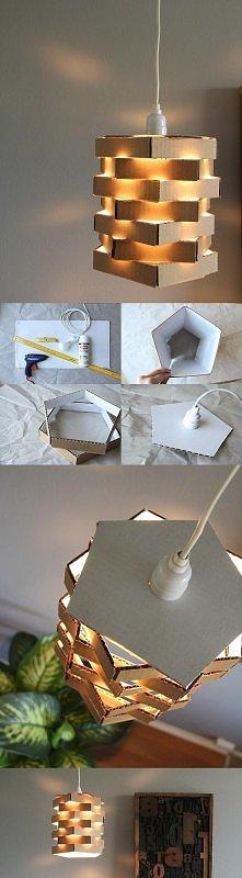 karton , klej , i stara lampa zamienia się na nową . A najlepsze że można sam...