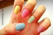 Malujemy paznokcie na swój ...