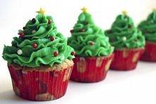 musze tak w tym roku udekorowac moje muffinki :))