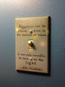 aż chce się zapalić światło :)