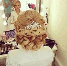 Śliczna fryzura  ślubna:)