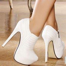 Kilka pięknych par botków