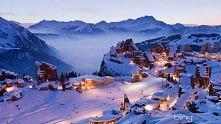To właśnie wyśniony scenariusz na święta :) Śnieg, magiczne światła i szczęśl...