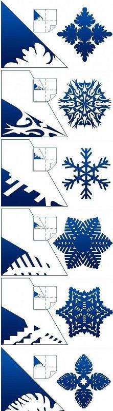 Płatki śniegu z kartki