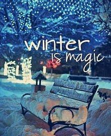 Śnieg dodaje szczególnego uroku i magii świąt. Oby w tym roku święta były bia...