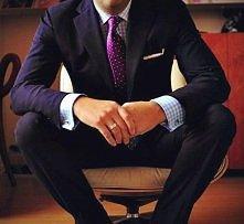 kolor tego zestawu jest cudowny :)  i ten boski krawat <3