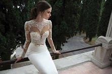 Cudowna, dopasowana suknia ...