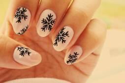 macie.już pomysł świąteczne paznokcie ? :3